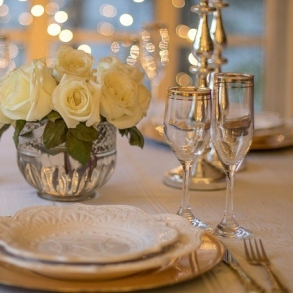 table-3018151_640